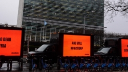 Save the Children: Tre manifesti contro la guerra